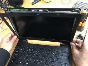 パソコンの修理作業内容液晶パネル交換