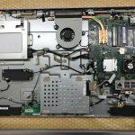 パソコンを分解してHDDを取り出し