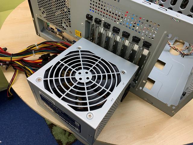 パソコン電源ユニット交換作業